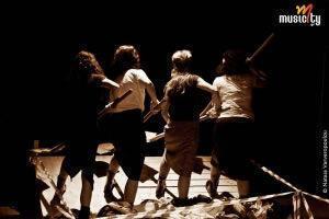 Οι Γυναίκες της Καλάμα σε σκηνοθεσία Μαρίνας Νατιώτη   Θέατρο Αργώ (Διαγωνισμός - Προσκλήσεις)!