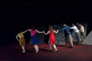 Ομάδα Χορού Μαγκυ Μαρεν  BiΤ στη Πειραιώς 260!