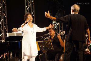 Η Άλκηστις Πρωτοψάλτη και ο Στέφανος Κορκολής στο main stage του Gazarte!