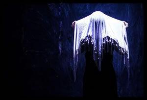Ποιός Φοβάται το Σκοτάδι; με τη Μαρία Κώτη | Θέατρο Φούρνος!