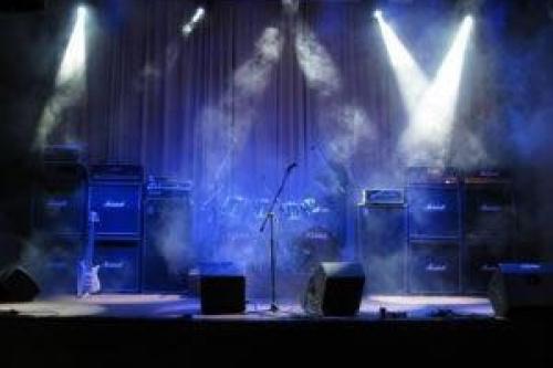 Μουσικά Σχήματα / Πίστες / Μπουζούκια / Μουσικές Σκηνές / Προγράμματα | Αθήνα 20...